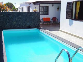 Villa aloe. Private pool. Quiet place