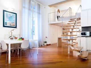 Amazing Studio Flat Near Sforzesco Castle, Milaan