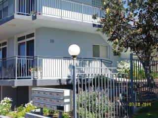 Oceanview Bombo studio apartment, Kiama