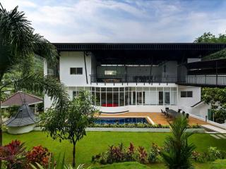 Large New 8 Bedroom Luxury Villa, Chalong