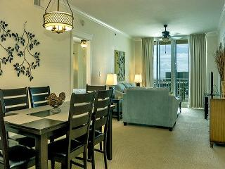 BEAUTIFUL CONDO FOR 8! WITH BEACH SERVICE!  10% OFF MARCH STAYS! CALL NOW!, Fort Walton Beach