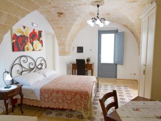 Apartment near sea in the historical center, Monopoli