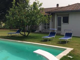 Villa con piscina immersa nel verde, Giba