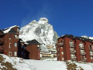 Breuil-cervnia ski holiday apartment