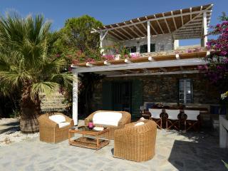 Lia Villa Mykonos, Kalafatis