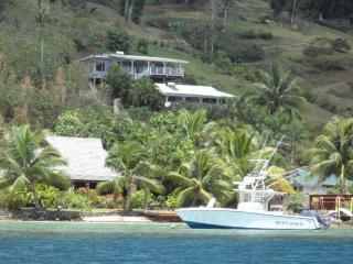 Nos 2 maisons sur la colline