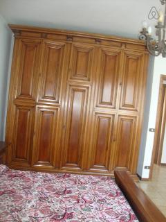 stanza matriomoniale 1 con ampio armadio