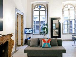 Modern Palace Apartment - FREE PARKING INCLUDED, Florencia