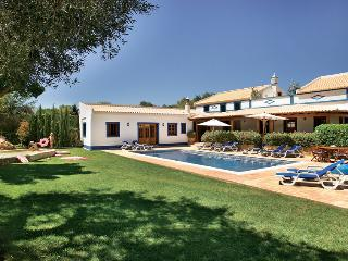 4 bedroom Villa in Aroal, Faro, Portugal : ref 5585391