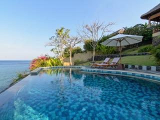 Villa Aquamarine - Blue Magic Views!