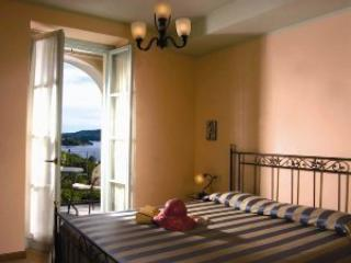 Villa L'Antica Colonia on Lake Orta: suite for 4 p, Crabbia