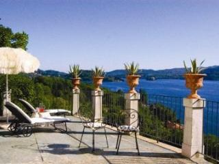 Villa L'Antica Colonia on Lake Orta: suite for 2 p, Crabbia