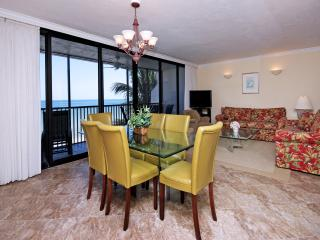 Tiled Living Room and Dinning Room With Perfect Direct Gulf Views
