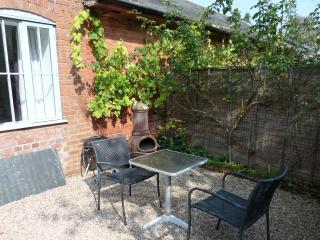 Southerton Tower - private courtyard