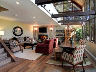 Snowflower Cabin | Luxury 3BD/2BA, Sleeps 8, Dock, In Village