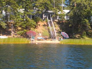 Charming Wellfleet Great Pond Waterfront 2 bedroom winterized home