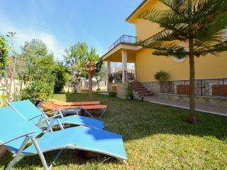 Villa 150 meters beach
