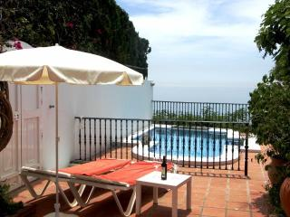 Carabeo L78-U8  3 Bed Private Pool / Sea views, Nerja