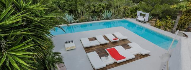Modern luxury villa, Ibiza, Spain, 14p, Sant Antoni de Portmany
