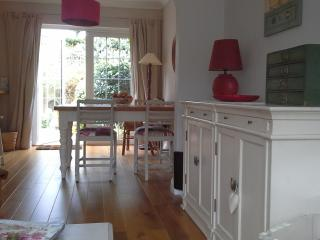 Charming and trendy house in Lymington