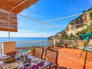 La maiolica with large terrace and sea view, Amalfi