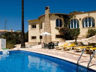 Near Javea, Villa Amiga, 2 bedrooms, large pool, Moraira