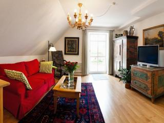 LLAG Luxury Vacation Apartment in Füssen - 637 sqft, idyllic location, close to center (# 233), Fussen