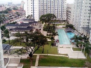 SM Grass Residence  2BR Fully Furnish Condo @ QC!!