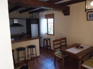 Casa Balsilla(casa rural con chimenea), Canillas de Aceituno