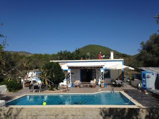 holidayhomeinibiza VILLA 5 double bedrooms 3 bathr, Santa Eulalia del Río