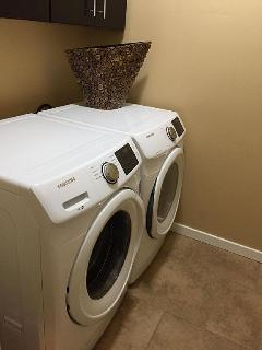 Washer Dryer (2nd floor)