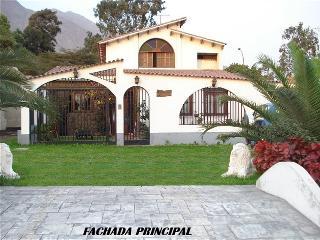 Preciosa Casa De Campo En Chaclacayo, Lima