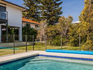 Cottesloe Beach House Stays -North Cottesloe Villa