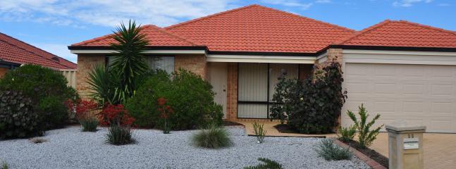 Front view of Casa Visitar