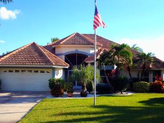 Luxurious 4 Bed/3 Bath Lakefront Vacation Rental Villa in Cape Coral, Florida