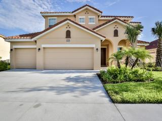 Beautiful home in Solterra Resort - 4047OL, Davenport