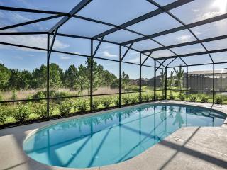 Beautiful home in Solterra Resort - 4047OL, Davenport