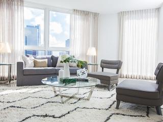 Airy 2 Bedroom Apartment in Brickell, Miami