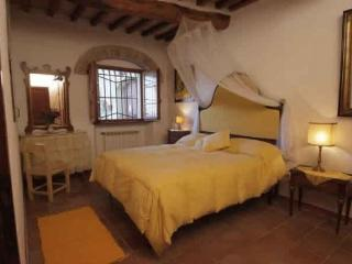 Apartment 404, San Gimignano