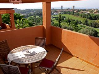 Elviria (Marbella) Luxury 2 Bed Apartment