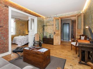 Best Location, 6 Bedroom 4 Bathroom EXCEPTIONAL .., Estambul