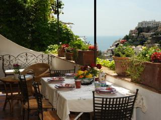 Profumo di limoni with terrace and sea view, Positano