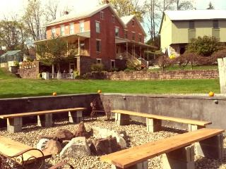 Brick Farmhouse Minutes From Hershey Attractions