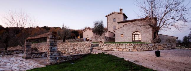 Charming property in the Italian countryside, 17p., Arezzo