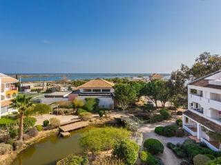 Studio at Golden Clube with Explendid sea view, Tavira