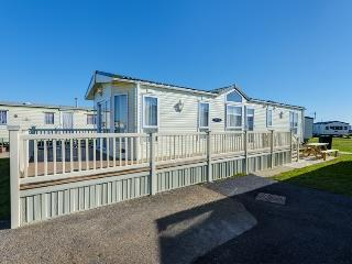 Beach Retreat Lodge - SP143, Camber