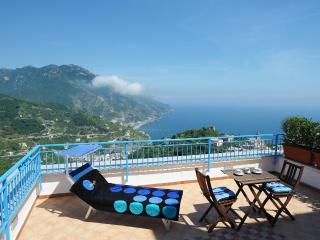 Falena with terrace overlooking the sea, Ravello