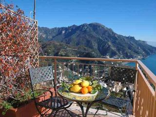 Casa Gioia overlooking the sea, Ravello