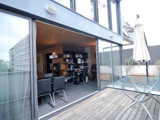 Appartement en bois et vitres