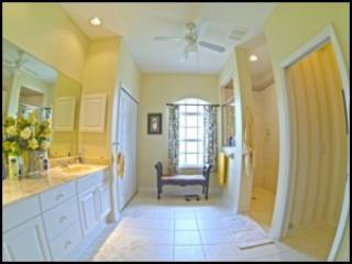 Absolutely Gorgeous! Impeccably decorated!-#1125, Rotonda West
